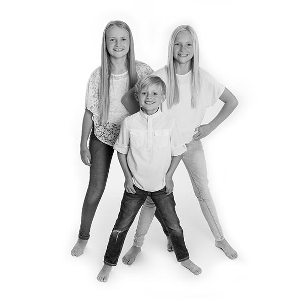 Fotograf i Aarhus Viby Børne foto Børne portræt søskende portræt Fotograf Birgit Skou Fotografi 2