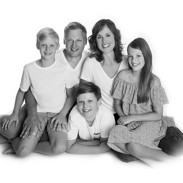 Fotograf i Aarhus Viby Familie portrætter gruppe portrætter Fotograf Birgit Skou Fotografi 2