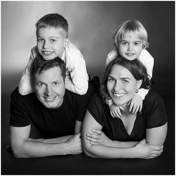 Fotograf i Aarhus Viby Familie portrætter gruppe portrætter Fotograf Birgit Skou Fotografi 10