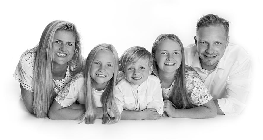 Fotograf i Aarhus Viby Familie portrætter gruppe portrætter Fotograf Birgit Skou Fotografi 4